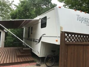 Topaz 275 TouringEdition 5th Wheel Camper