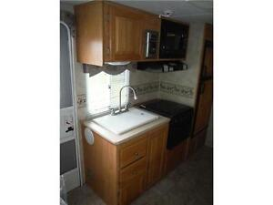 2007 Palomino T21FBSL Ultra Lite Travel Trailer with slideout Stratford Kitchener Area image 10
