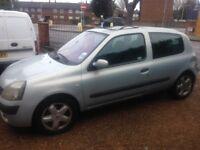 Renault Clio 1.4 16v. 2003 Spares or repair