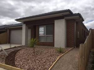 Brand new completed Luxury Turnkey Home on large lot Brookfiled Brookfield Melton Area Preview