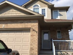 Lovely Family Home in Beaverbrook Available November