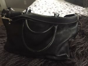 Roots Black Leather Purse - Large Grace