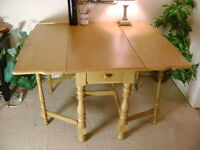 Gate Leg, Drop Leaf, Antique Dining Table {DELIVERY Avail}