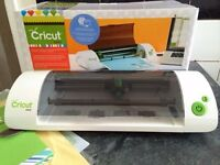 Cricut mini expression cutting machine - as new