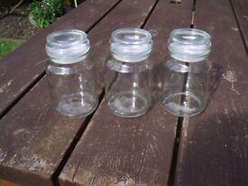 STORAGE JARS SET x 3 , AIR TIGHT LIDS , VARIOUS USES , SET 0F 3 JARS only £3