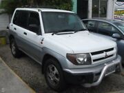 2000 Mitsubishi Pajero IO QA MY2001 White 5 Speed Manual Wagon Underwood Logan Area Preview