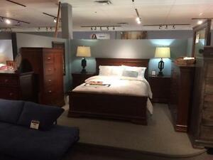 6Pc Vokes furniture bedroom Solid Maple Wood Canadian Made Top Quality