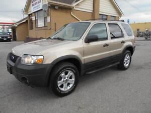 2007 FORD Escape XLT 4X4 3.0L V6 Leather Sunroof ONLY 127,000KMs