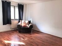 SHOREDITCH, E2, BRIGHT 4 DOUBLE BEDROOM 3 FLOORED TOWNHOUSE