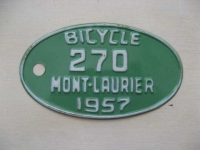 plaque d 39 immatriculation accessoire de bicyclette art et objets de collection laval rive. Black Bedroom Furniture Sets. Home Design Ideas
