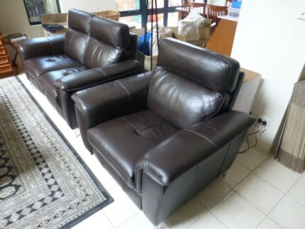 Household Furniture, full house ,beds, desks, bookcases, lounge