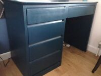 A lovely Farrow & Ball painted solid wood desk 107 cm x 56cm