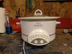 FS: Rival Slow Cooker **BRAND NEW**