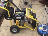 Petrol Pressure Washer - 8.0HP 3950psi Full set up Start your own business. £600 ono