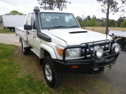2012 Toyota Landcruiser VDJ79R MY10 GXL White 5 Speed Manual Cab Chassis Singleton Singleton Area Preview