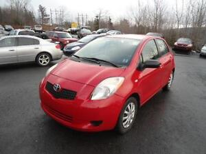 2007 TOYOTA YARIS 4DR HATCHBACK AUTO ONLY 128000 KM LOADED!