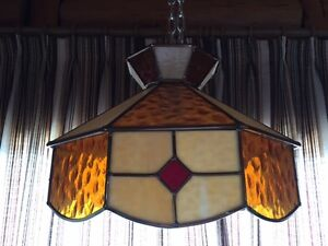 Retro/Vintage Stained Glass Hanging Lamp