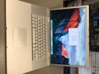 "Apple MacBook Pro 17"" Core 2 Duo 2.6 Ghz , 250GB HDD, 4GB Ram, OS 10.11 El Capitan £199"