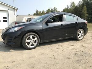 MAZDA 3 GS 2012+AUTO+GARANTIE+MAGS+A/C+TOIT OUVRANT+WOW!!++