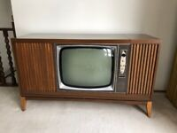 Vintage Fleetwood TV & Stereo Console Cabinet