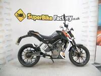 2013 63 KTM DUKE 125 13