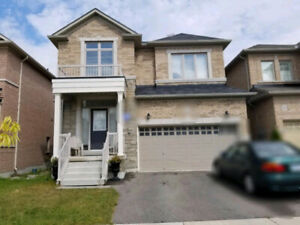 Beautiful 4 Bedroom Detached House for Lease