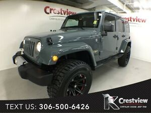 2014 Jeep Wrangler Unlimited Sahara w/ Leather, Navigation