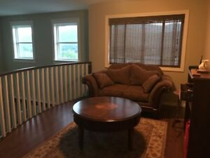 ROOM RENTAL FOR FULL TIME FEMALE STUDENT SEPT 18 - APRIL 19