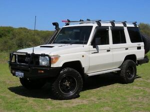 2011 Toyota Landcruiser VDJ76R 09 Upgrade Workmate (4x4) White 5 Speed Manual Wagon East Rockingham Rockingham Area Preview