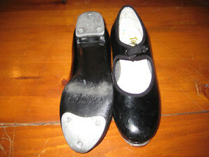 Kids dance shoes