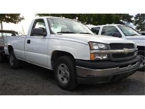 2004 Chevrolet Silverado 1500, 8 Foot Long box, V6 4.3L! AC!