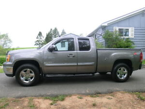 2013 GMC Sierra 1500 SLE Ext cab 4x4 All Terrain Pkg. 1 owner