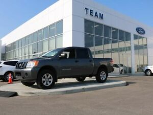 2015 Nissan Titan S, 5.6L V8, Accident Free, Locking Tailgate, L