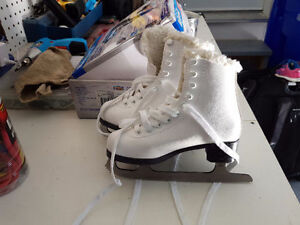 Figure Skates White Cemeo by Jackson CS1120 Size 12J