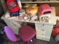 nail desk + equipment