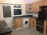 Furnished double room suitable for couples available in Barking, IG11***ALL BILLS INCLUDED***