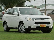 2012 Mitsubishi Outlander ZJ MY13 ES 4WD White 6 Speed Constant Variable Wagon Hendon Charles Sturt Area Preview