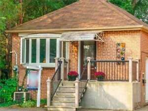 HOUSE FOR SALE IN SCARBOROUGH (Kennedy & Kingston )