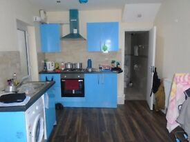 1 BEDROOM FIRST FLOOR FLAT TO RENT IN HANWELL* AVAILABLE IMMEDIATELY* GAS & ELECTRICITY INCLUDING