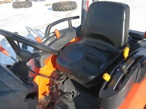 Kubota B3200 Tractor, Loader Cambridge Kitchener Area image 11