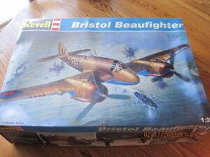 REVELL Large Model Plane Kit New in Pkgs BRISTOL BEAUFIGHTER