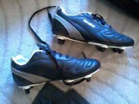 rugby boots size 2