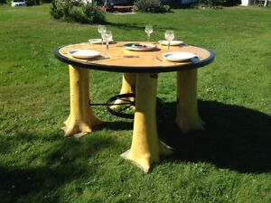 LOG TABLE - PLEASE CONTACT 902 396 4539