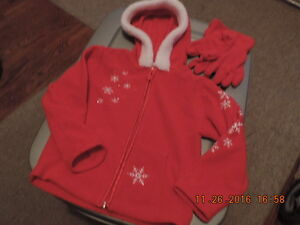 Girl's Size 4T Hoodie & Gloves