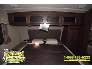 NEW 2016 Forest River Flagstaff Super Lite 526 RLWS 5th Wheel Windsor Region Ontario image 4