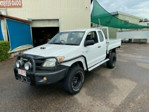 2006 Toyota Hilux KUN26R SR (4x4) White 5 Speed Manual X Cab Cab Chassis Holtze Litchfield Area Preview