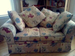 Sackville - NEW PRICE love seat with 4 cushions, Sackville