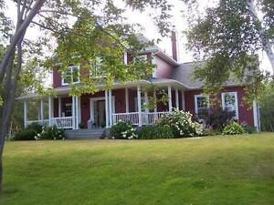 WATERFRONT HOME IN LOVELY NB!!!
