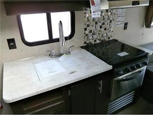 2017 FOREST RIVER GREYWOLF LIMITED 22 RR TOY HAULER! $24495!!! London Ontario image 7