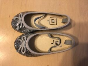 Toddler girl shoes size 4 and 5